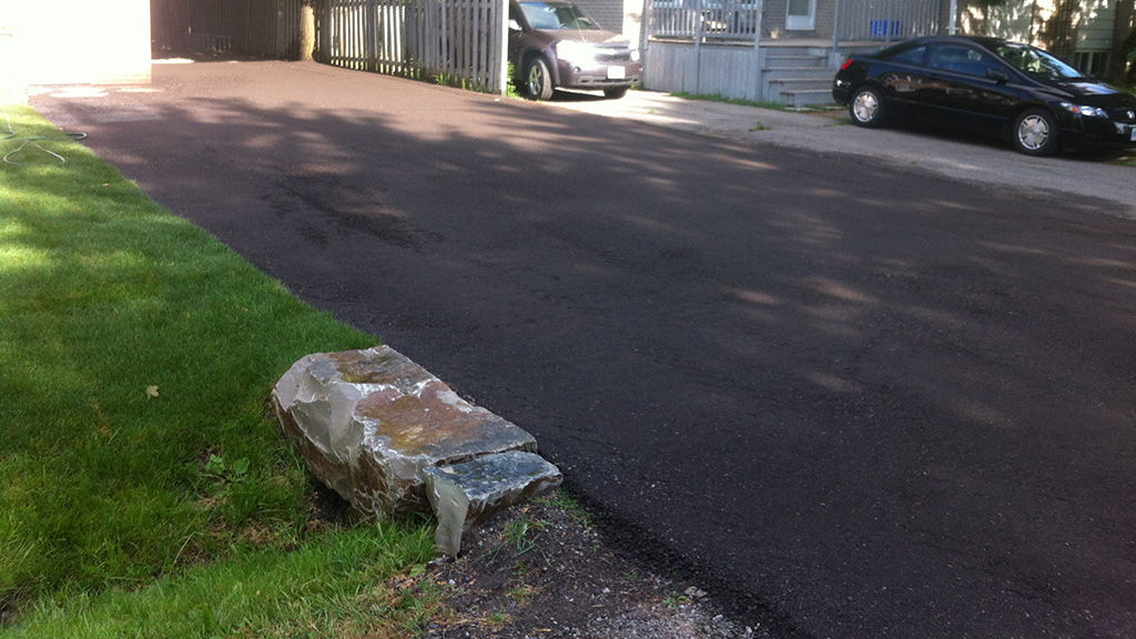Driveway construction and recycled asphalt gravel for Steep driveway construction